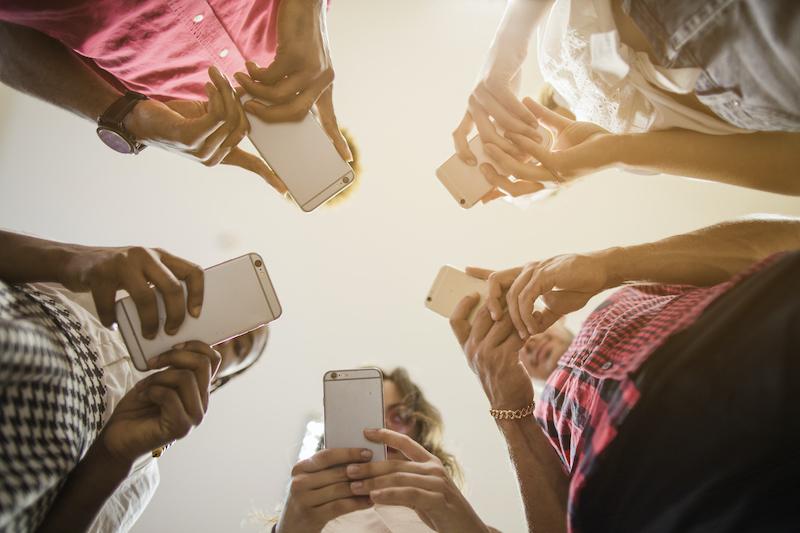 接続台数が多いと通信品質への影響は?