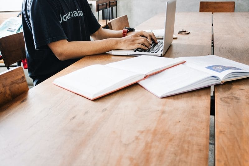 【Q&A】オンライン授業の受講環境について